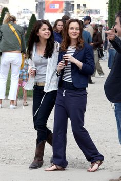 Leighton Meester Photos: Leighton Meester, Katie Cassidy and Selena Gomez Film 'Monte Carlo' 2
