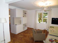 #Wohnzimmerschrank als #Raumteiler in weiß lackiert