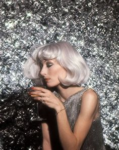 Anjelica Huston, 1976. Photo: Ara Gallant.