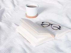 Wir arbeiten nicht an uns, weil wir perfekt werden wollen – sondern damit wir unseren Zielen näherkommen. 3 Bücher, die dabei helfen…