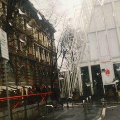 #milano #milanocity #angolidimilano #geometrie #milanodaclick #milanodavedere #Architecture #artist #art #instamilano #igersitaly #igerslondon #igersuk #igersusa_newyorkcity #igersusa_nyc #expomilano2015 #expo2015 #exposure #igerslosangeles #igerssanfrancisco #igerslongbeach #igerslongisland #InstaWorld #milanoaplacetobe  #museoideale #expoincittà #rain #rainyday #streetart by audreymi985