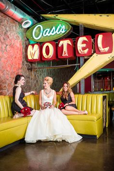 Love those bold colors!  Retro Glam Wedding Theme Inspiration with Teal & Red Scheme via @bespokebride