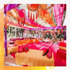 Simple & DIY Decor Ideas for your Mehendi/Haldi function at Home. With Backdrops and Flowers, We have so many Ideas for you.#shaadisaga #indianwedding #mehendidecorideas #mehendidecorideasathome #mehendidecorideassimple #mehendidecorideasoutdoor #mehendidecorideasbackdrops #mehendidecorideasdiy #mehendidecorideasathometerrace #mehendidecorideasathomesimplediy #mehendidecorideassatgedecorations #mehendidecorideasbackdropphotobooths Mehendi Decor Ideas, Mehndi Decor, Entrance Decor, Wedding Entrance, Cozy Wedding, Wedding Tips, Wedding Decorations On A Budget, Ceremony Decorations, Wedding Season