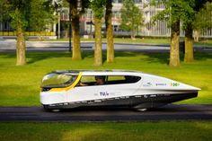 La voiture à énergie solaire sera bientôt garée devant chez vous! World's first solar car...