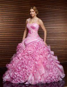 kabarık nişan elbisesi modeli