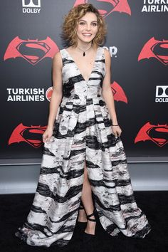 "Camren Bicondova Photos - Actress Camren Bicondova attends the ""Batman V Superman: Dawn Of Justice"" New York Premiere at Radio City Music Hall on March 20, 2016 in New York City. - 'Batman V Superman: Dawn of Justice' New York Premiere - Inside Arrivals"