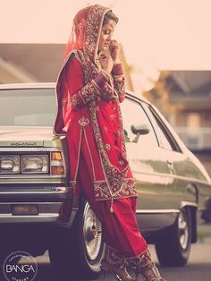 Different Cultures Indian Traditional Bridal Dresses Trends Punjabi Wedding Suit, Lehenga Wedding, Punjabi Bride, Indian Bridal Lehenga, Sikh Wedding, Wedding Suits, Punjabi Suits, Farm Wedding, Wedding Couples