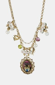 A sweet kitty pendant | Betsey Johnson
