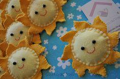 Good Day, Sunshine!! Cute felt inspirations.   Casinha de Pano