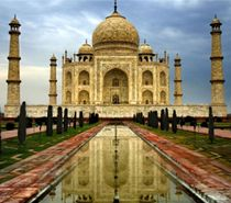 Classic Tours India offering Golden Triangle Tour 4 Nights 5 Days, Delhi Agra Jaipur Tour 4 Nights 5 Days with best affordable rates.