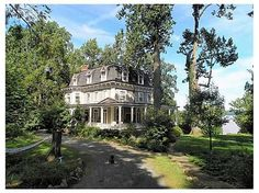 """My dream house in Nyack... Where the movie """"Stepmom"""" was filmed.  Actually on the market for $2m right now!  -  Pinned 8-18-2015."""