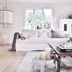 Give your IKEA furniture a new life! Home Living Room, Apartment Living, Living Room Decor, Living Spaces, Sweet Home, Scandinavian Home, Ikea Furniture, Cozy House, Interior Inspiration