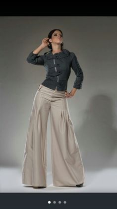 Women Pants Wide Leg Tan Dress Pants Palazzo Pants High waist or Low rise. The pleating detail in the legs is what I am after on the red trousers Tan Dresses, Summer Dresses, Dress Pants, The Dress, Tan Pants, Pantalon Large, Blazer And Shorts, Insta Look, Wide Leg Jeans