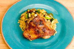 Whip Up One of These 20 Easy Dinners in Under 30 Minutes Ginger Lime and Sriracha Chicken: Tired of plain ol' chicken? Put some sriracha on it for a fresh spicy flavor