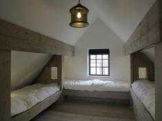Loft room - 43 The Best And Unique Tiny House Design Ideas with Two Beds – Loft room Attic Loft, Loft Room, Bedroom Loft, Diy Bedroom, Bedroom Kids, Attic House, Attic Office, Attic Playroom, Bedroom Apartment