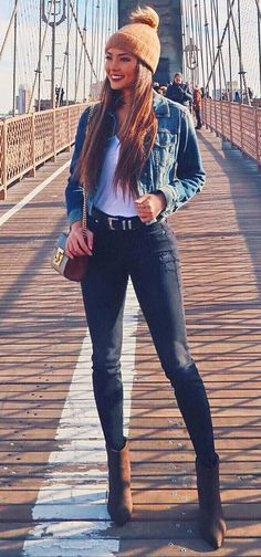how to wear a denim jacket : bag   knit hat   skinny jeans   boots