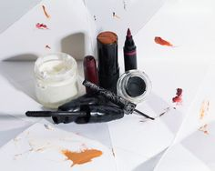 21 Things You Should Throw Away Right Now: Makeup mos def has an expiration date, and not tossing it when it gets old could be causing you skin problems or even infections. HOT.