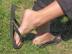 I love my flip-flops! In appreciation of female feet, arches, toes and soles - http://solecityusa.tumblr.com/
