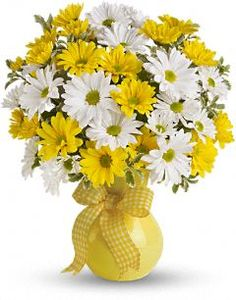 What could be sweeter than a cheerful yellow vase filled with white and yellow daisies? Then choose this sunny bouquet. It will brighten their day. The bright bouquet includes white daisy spray chrysanthemums, yellow daisy spra Birthday Flower Delivery, Same Day Flower Delivery, Beautiful Flower Arrangements, Floral Arrangements, Send Flowers Online, Yellow Daisies, Yellow Vase, Bright Yellow, Purple Tulips