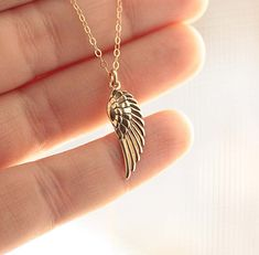 Cute Jewelry, Jewelry Gifts, Jewelry Necklaces, Women Jewelry, Silver Pendant Necklace, Gemstone Necklace, Angel Wing Necklace, Jewelry Stores Near Me, Friendship Necklaces