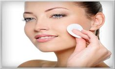 Treatment for large open pores. Reduce pore size at home using effective home remedies for enlarged pores. Skin tightening clay mask for open pores and acne. Natural Skin Toner, Facial Toner, Natural Skin Care, Natural Glow, Natural Face, Natural Makeup, Natural Beauty, Blackhead Remedies, Blackhead Remover