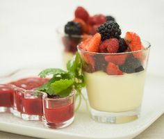 Panna Cotta - Means boiled cream in italian Tapas, Sweets, Cookies, Cream, Dinner, Cake, Ethnic Recipes, Food, Baking Ideas