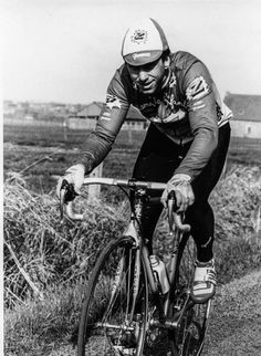 Greg LeMond, in his Z years, puts in the training miles