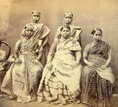 Studio portrait of five women wearing jewellery, at Madras in Tamil Nadu - 1870s - Old Indian Photos
