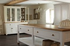 island... with casters please This is the deVOL Classic English Kitchen showroom at Cotes Mill.