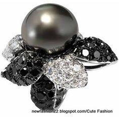Black  & White Diamond South Sea Pearl Flower Ring White Gold