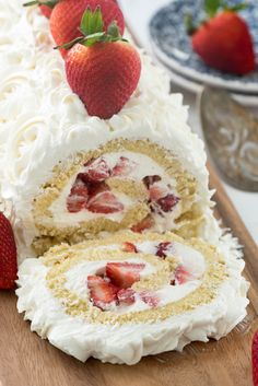 Shortcake Cake Roll The BEST Strawberry Shortcake Cake Roll Recipe - the cream cheese whipped cream is SO GOOD!The BEST Strawberry Shortcake Cake Roll Recipe - the cream cheese whipped cream is SO GOOD! Food Cakes, Cupcake Cakes, Cupcakes, Cake Roll Recipes, Dessert Recipes, Roll Up Cake Recipe, Cheesecake Recipes, Dinner Recipes, Picnic Recipes