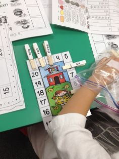 Fabulous in First: Gettin' Back in the Swing! Back to school math center -- match number words