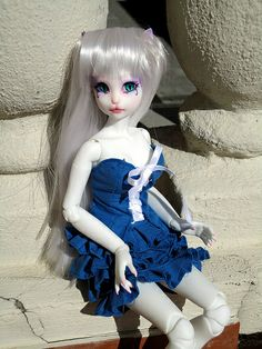 Blue Handmade Dress. Modeled by Dahlia (Dollmore Catish - Apricot Sherbet Reaa)