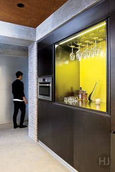 A party pad decked out in a raw and industrial look. Home Journal, October 2014.