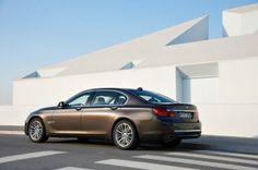 2014 BMW 7-Series Diesel Coming This Spring http://blog.iseecars.com/2014/01/27/2014-bmw-7-series-diesel-coming-this-spring/