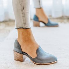 Women Spring Chunky Heel Casual Loafers Slip On Shoes - Boot Heels - Ideas of Boot Heels - Women Spring Chunky Heel Casual Loafers Slip On Shoes rosynova Oxford Shoes Heels, Women Oxford Shoes, Slip On Shoes, Pumps Heels, Women's Shoes, Shoes Style, Shoes For Work, Flat Shoes Outfit, Chunky Heel Pumps