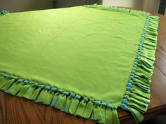 Tying No Sew Fleece Blanket the Right Way!  Anyone can do this!