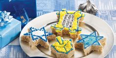 HANUKKAH TREATS™ - Celebrate with one of these fun shapes on each of the eight nights of the Festival of Lights. Hanukkah Dessert Recipes, Hanukkah Food, Holiday Desserts, Holiday Cookies, Holiday Treats, Holiday Recipes, Hanukkah Gifts, Holiday Foods, Holiday Baking