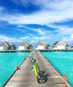 Kanuhura #Maldives Dream Vacation Spots, Vacation Destinations, Dream Vacations, Travel Around The World, Around The Worlds, Visit Maldives, Romantic Places, Ultimate Travel, Island Life