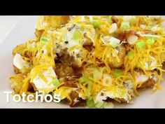Looking for a GREAT appetizer for the Super Bowl or a big crowd? This is a super easy app recipe that your guests will love Potato Dishes, Vegetable Side Dishes, Potato Recipes, Mexican Food Recipes, New Recipes, Cooking Recipes, Favorite Recipes, Good Food, Yummy Food
