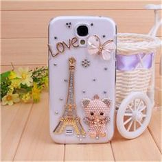New Eiffel Tower Bear and Butterfly Crystal Case for Samsung Galaxy S III.