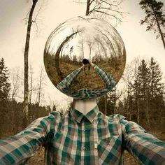 現実には絶対にありえない状況を作り出したシュルレアリスムアート写真33点 | コモンポスト