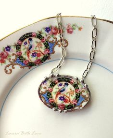 Broken china jewelry necklace pendant antique Victorian bird of paradise china made from a broken plate Jewelry Crafts, Jewelry Art, Jewelry Necklaces, Jewelry Design, Jewelry Ideas, Broken China Crafts, Broken China Jewelry, Victorian Jewelry, Vintage Jewelry