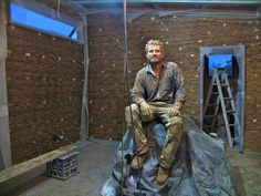 Mud, Glorious Mud: Rendering the Tinyhouse - Milkwood: permaculture courses, skills + stories Small Buildings, Amazing Buildings, Permaculture Courses, Wattle And Daub, Natural Building, Nature Paintings, Building Materials, Mud, Bamboo