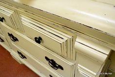 Old White Chalk Paint® decorative paint by Annie Sloan