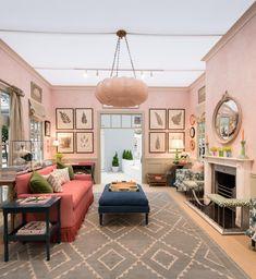 Salvesen Graham Relaxing Morning Room in Decorated Spaces 2016 – House & Garden Festival. Source: House & Garden