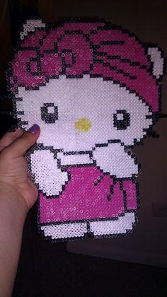 Hello Kitty Bath Time by GwenniStars