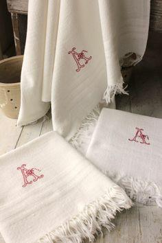3 French Towels A monogram c 1900 washed kitchen bathroom bath tea LOVELY  www.textiletrunk.com