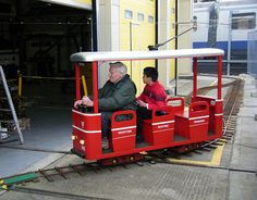 Miniature Tube Trains, Wapping Shafts & Red Buses - Open Weekend at London Transport Museum Depot - 10th - 11th March 2012