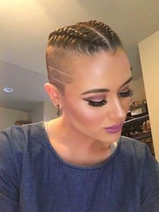 60 Modern Shaved Hairstyles And Edgy Undercuts For Women Thinking about switching things up by shaving some or all of your hair? We've compiled 60 of the best edgy undercuts and bold side shaved hairstyles for women! Shaved Side Hairstyles, Undercut Hairstyles, Short Hairstyles For Women, Braided Hairstyles, Undercut Pixie, Nape Undercut, Undercut Pompadour, Disconnected Undercut, Haircuts